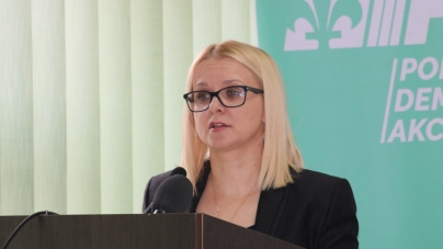 Elzina Pirić: Hvala građanima što nas trpe, ne znamo vladati