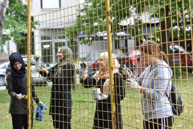 Volonteri vratili sjaj Tuzlanskom igralištu u naselju Stupine