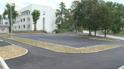 Urađena biciklistička i pješačka staza te parking prostor iza Općinskog suda, uskoro kružni tok