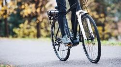 Zbog povećanog broja motociklista i biciklista na cestama nalaže dodatni oprez u vožnji