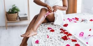 Zašto neželjene dlačice na nogama ljeti brže rastu