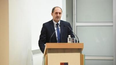 Premijer Kantona Sarajevo obustavio korištenje godišnjih odmora