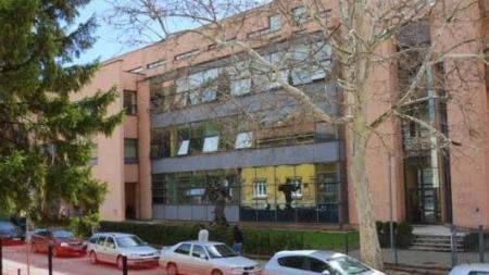 HDZ Tuzla: Samo osnovci koji pohađaju Katolički školski centar u Tuzli nemaju pravo na besplatne udžbenike