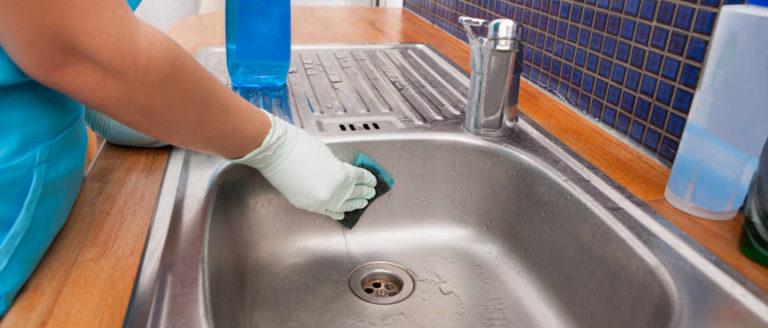Video trik za čišćenje i poliranje sudopera bez hemije