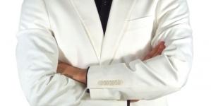 Često držite prekrižene ruke?: Stručnjaci otkrili šta to govori o vama