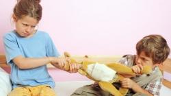Djeca se stalno se svađaju i često tuku, šta raditi