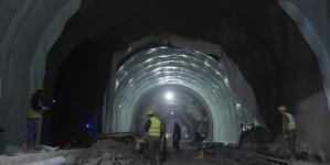 Brojni radnici neprekidno rade na probijanju tunela Zenica kod Vranduka