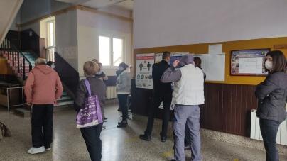 Tuzla: Do 16:00 sati na biračka mjesta izašlo 31,88% birača