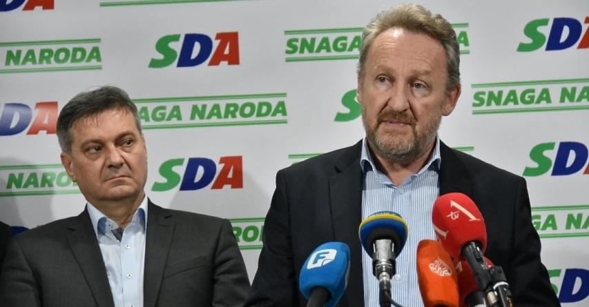 """Da li bi i izlazak Zvizdića bio """"čišćenje stranke"""": Sva koplja se godinama lome preko sarajevske SDA"""