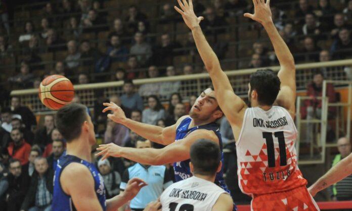 Košarkaši Slobode izbacili Čelik iz Kupa 'Mirza Delibašić'