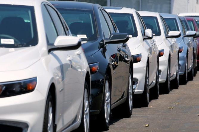 Kako se razlikuju muškarci i žene pri kupovini automobila