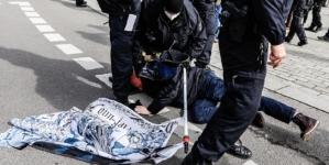 Desetine hiljada Nijemaca na protestima protiv korona-mjera