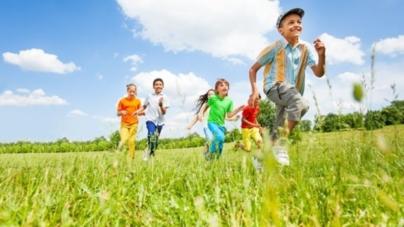 Budite svom djetetu prijatelj, a ne strogi autoritet: Kako izgraditi dobar odnos između roditelja i djece