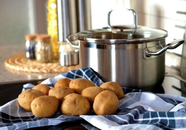 Greške pri kuhanju krompira, izbjegnite ih i biće ukusniji