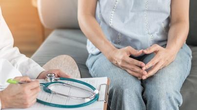 RAK JAJNIKA JE JAKO TIH: Ovo su 4 rana SIMPTOMA koje svaka žena MORA da zna!