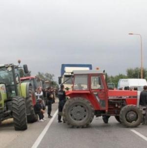 Poljoprivrednici najavili blokadu granica