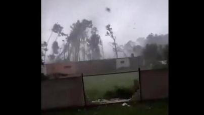 Snimci iz srca tornada u Češkoj, oluja je nosila sve pred sobom