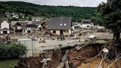 Razorne poplave u Njemačkoj: 80 mrtvih, 1300 nestalih, uništena sela, ceste, mostovi…