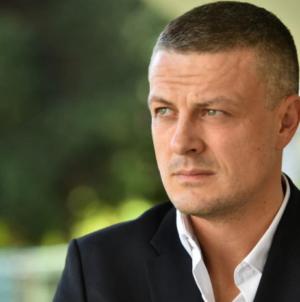 Vojin Mijatović dolazi u Potočare: Poklonit ću se žrtvama u Srebrenici
